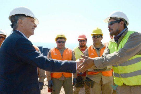 el gobierno asegura que macri dejo un 60% de obras paralizadas y una deuda de 35 mil millones