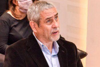 Ferraresi, el más rico de los Ministros, cuestionó la prepotencia de los ricos que hacen barrios cerrados.