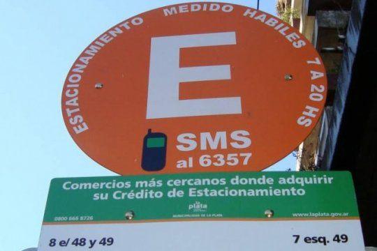 via libre para los conductores: por el dia del empleado municipal, no hay estacionamiento medido