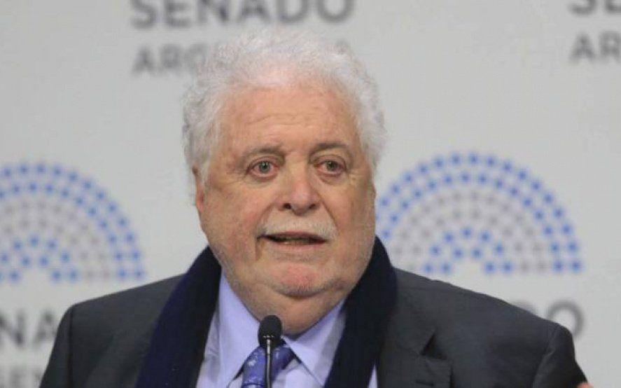 González García llamó a evitar por un tiempo las reuniones sociales