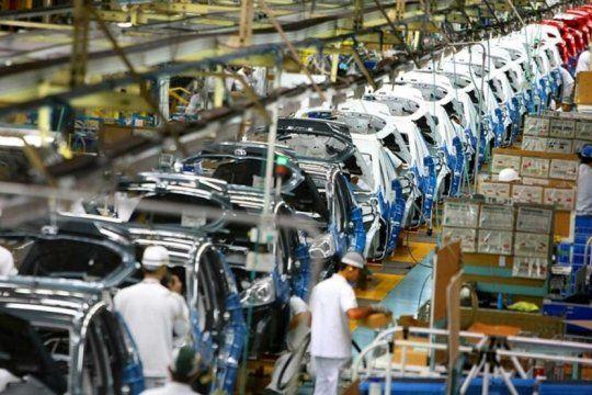 la crisis profundiza la caida en la produccion autopartista, cierre de empresas y traslados a brasil