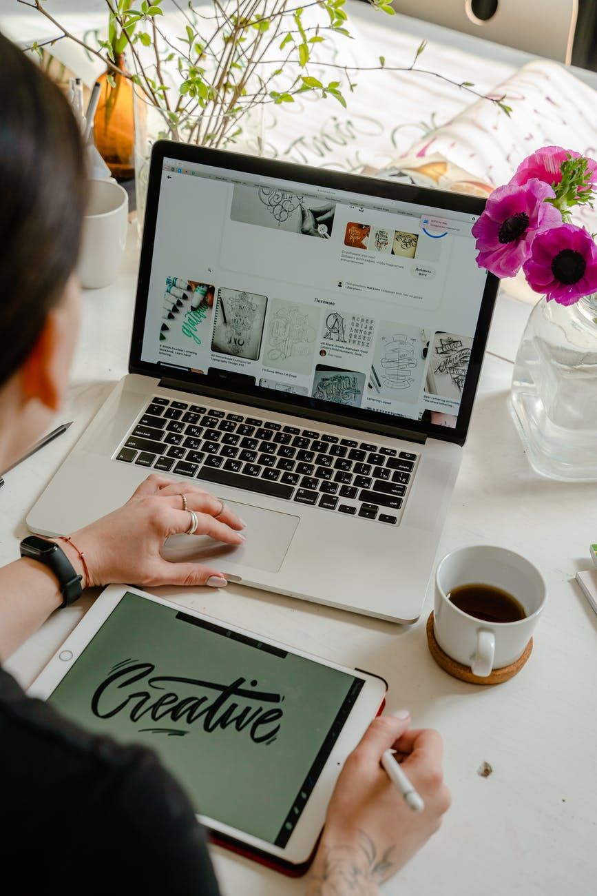El Día del Diseñador Gráfico se celebra en Argentina cada 24 de octubre, aunque internacionalmente se lo festeja el 27 de abril