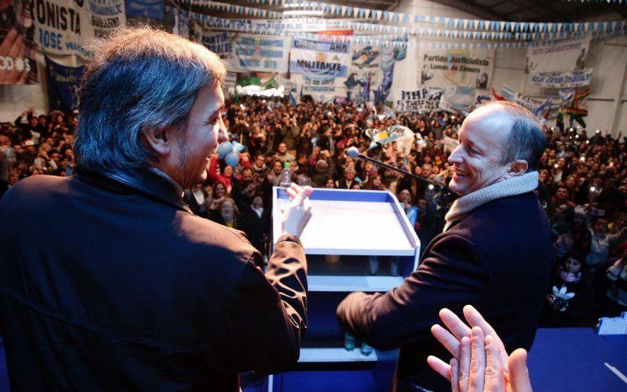 """Junto a Máximo Kirchner, Insaurralde lanzó su campaña en Lomas y pidió construir una """"victoria en primera vuelta"""""""