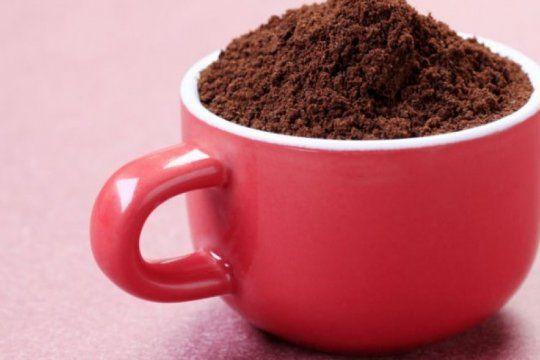 prohiben la venta en todo el pais de un cafe instantaneo y unos duraznos enlatados