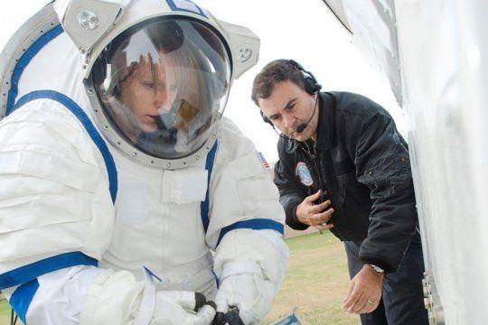 a 50 anos de la llegada del hombre a la luna, un bonaerense que trabaja en la nasa visita el planetario