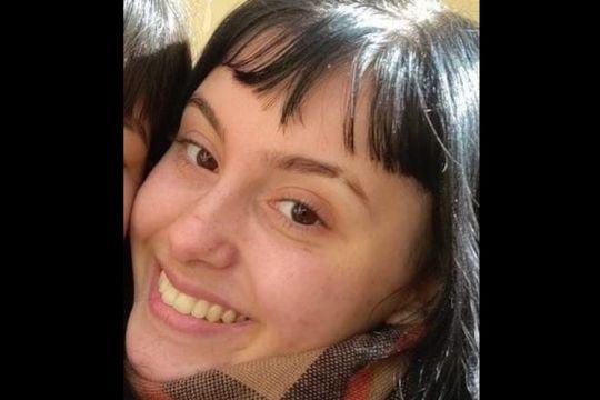 la plata: desesperada busqueda de una joven de 16 anos