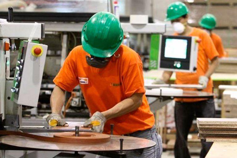 Guillermo Merediz resaltó que los jóvenes de 18 a 24 años puedan acceder al primer empleo.