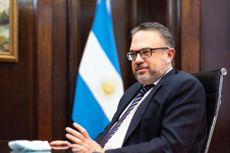El ministro de Desarrollo Productivo, Matías Kulfas, encabeza el proyecto para que el cannabis medicinal se legalice y comience a producirse en nuestro país.