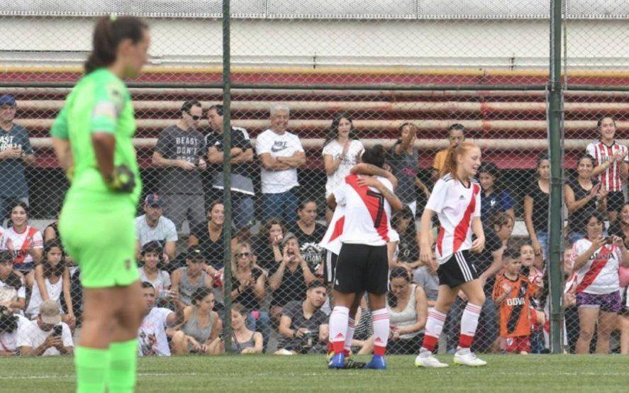 De qué se trata la Ley de Profesionalización del Fútbol Femenino e Igualdad de oportunidades