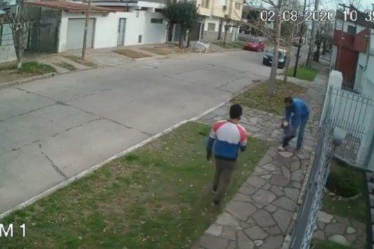 cayo el duo que asalto a un hombre junto a su hija de 4 anos