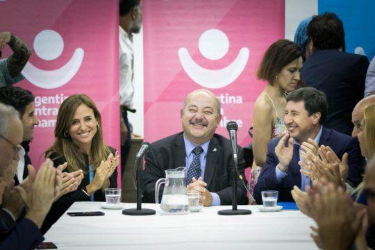 arroyo y victoria tolosa paz sumaron seis municipios mas en el programa argentina contra el hambre