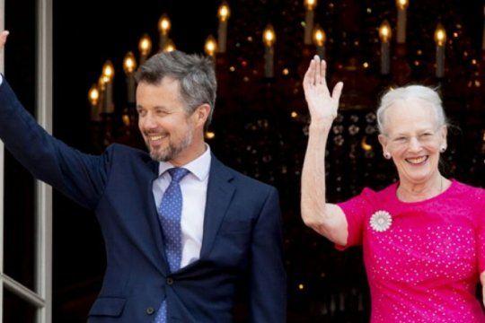 visita real: la reina margarita y el principe federico de dinamarca desembarcan en la provincia