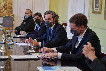 Santiago Cafiero encabezó la reunión tripartita sobre los nuevos permisos de transporte y circulación. Diego Santilli, Carlos Bianco y Sergio Berni, presentes.