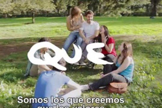 el gobierno lanzo un primer spot sin macri y con slogans que refuerzan la grieta