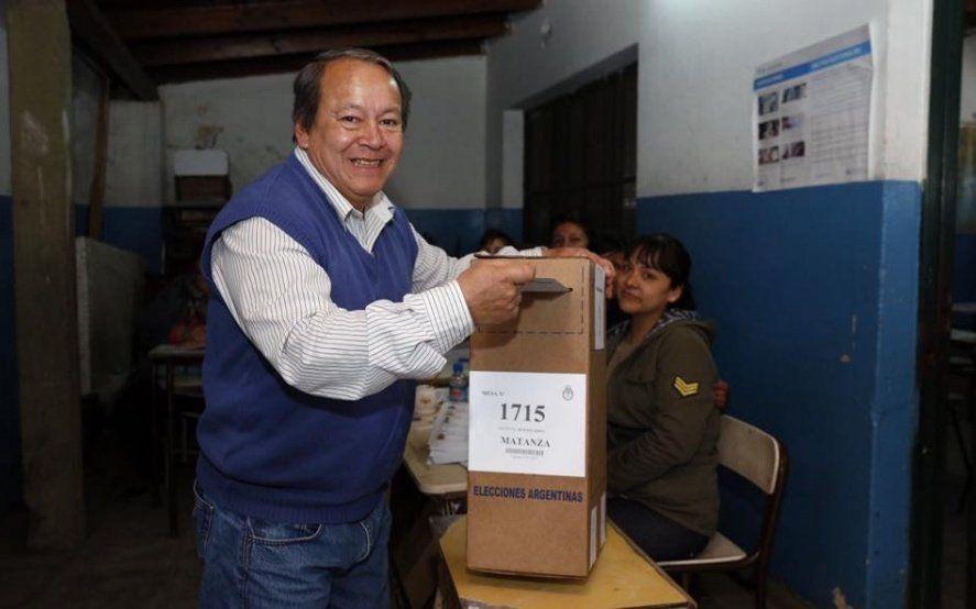 """""""Toty"""" Flores se anotó para la fórmula presidencial de Cambiemos: sería un honor"""" ser el vice de Macri"""