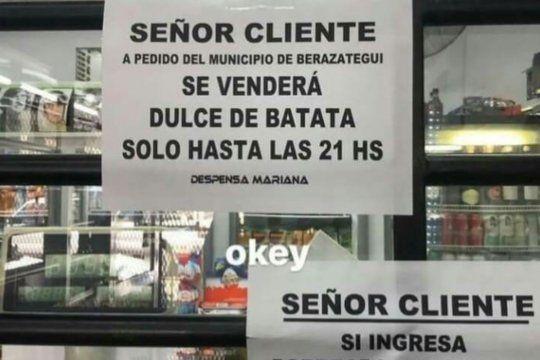 Los carteles de Despensa Mariana se volvieron virales en Twitter