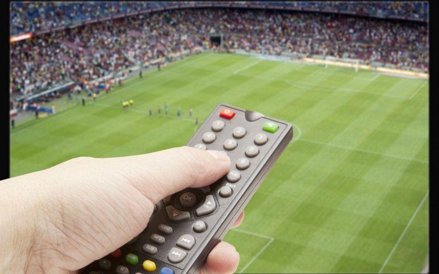 Fútbol de miércoles a domingo: Competencias, partidos y horarios para el fin de semana largo