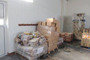 Azul: escándalo por toneladas de alimentos sin entregar