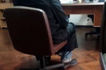 El cura se presentó este mediodía en la UFI N° 11 de La Plata