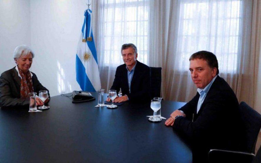 ¿Le financia la campaña? El FMI habilita más gasto social al gobierno de Macri