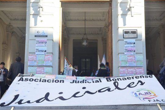judiciales ratificaron el paro y apuntaron contra vidal tras la liquidacion de un nuevo pago a cuenta