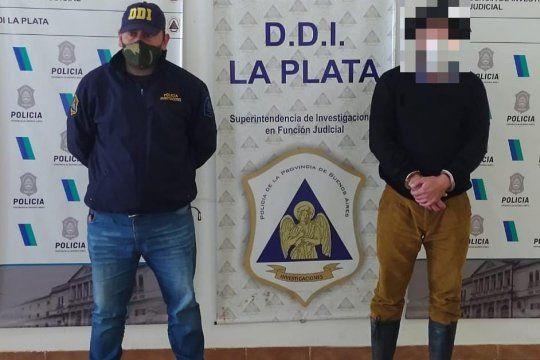 El hombre de 37 años fue encontrado en un campo de Campana
