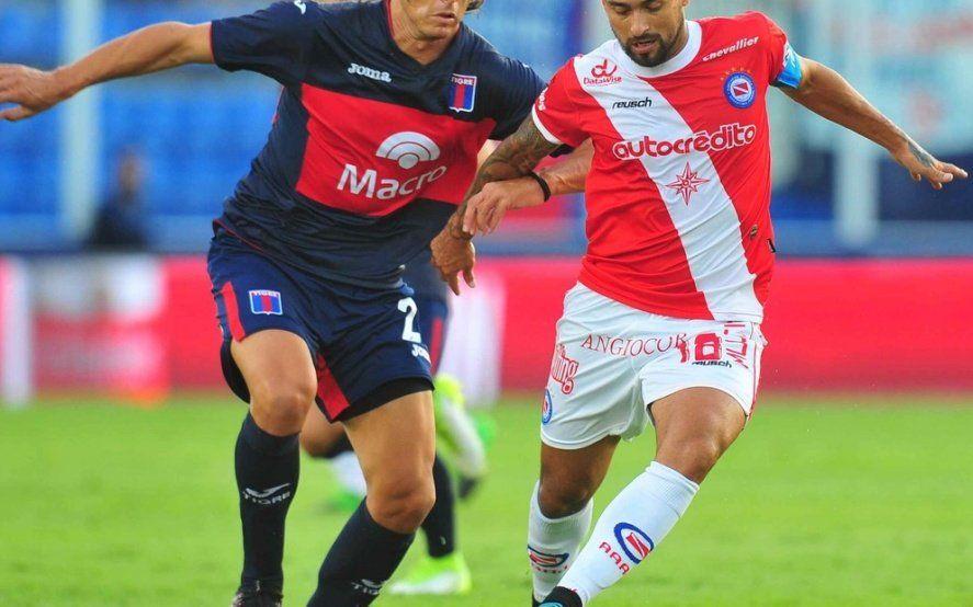 Las increíbles semifinales de la Copa Superliga: El descendido y el último contra la sorpresa y el peso pesado