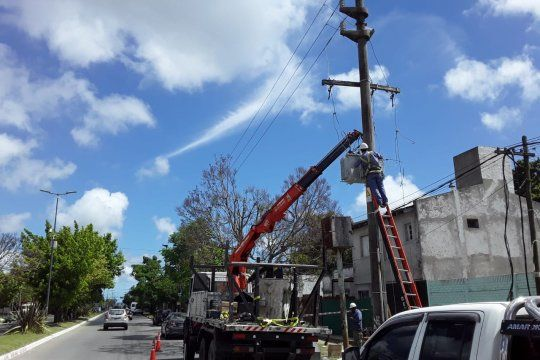 Edelap informó que puso en servicio nuevas obras que aumentan la potencia instalada en la red eléctrica que abastece a vecinos de Hernández