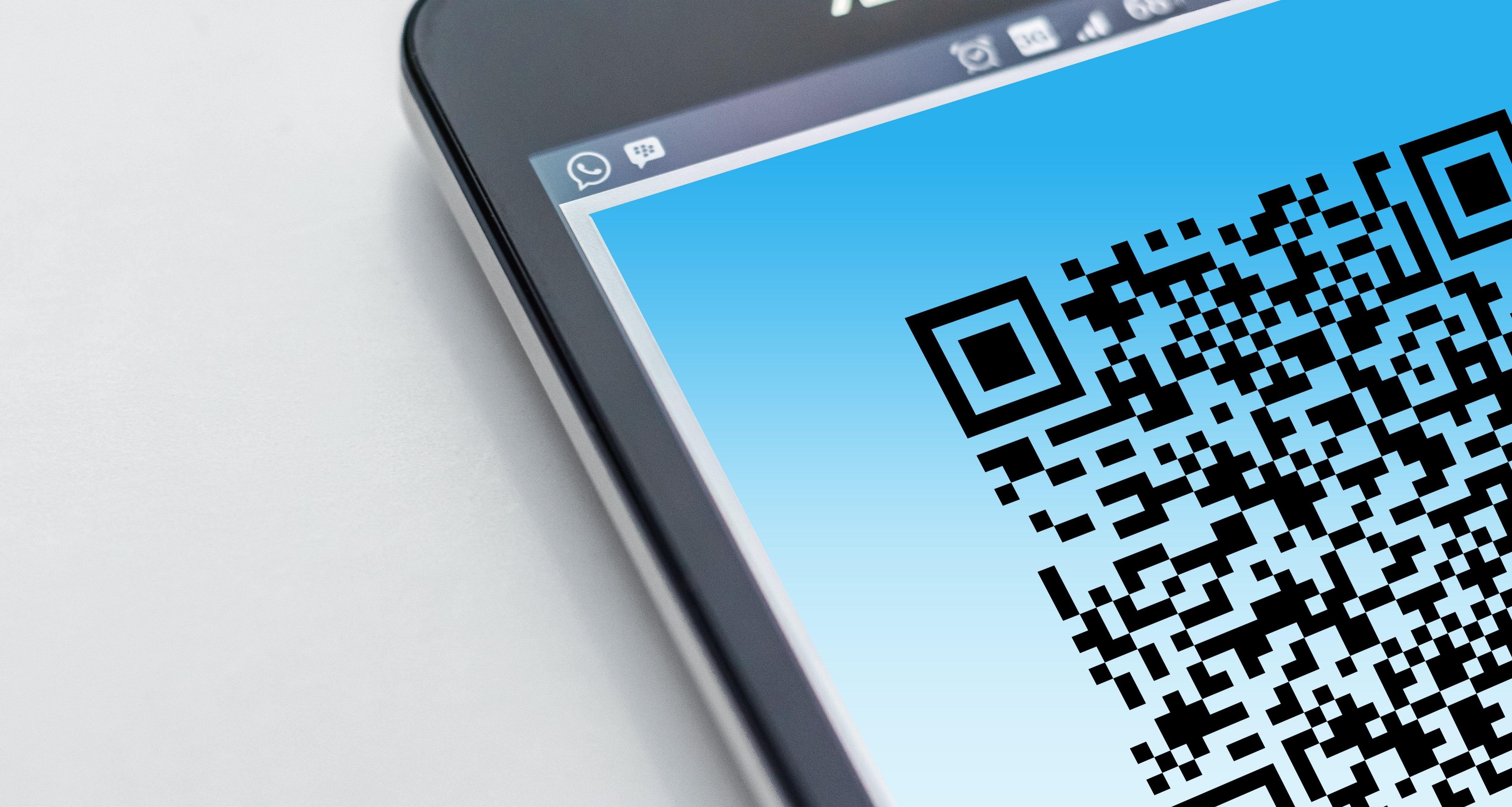 Los códigos QR, son una medida que se ha tomado para evitar el contacto físico entre personas. Sin embargo, algunas personas lo utilizan para poder robar información.