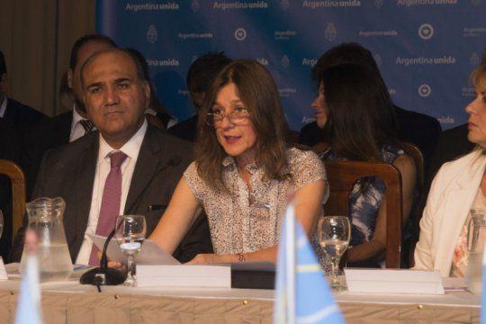 sabina frederic: ?es anticonstitucional impedir las movilizaciones?