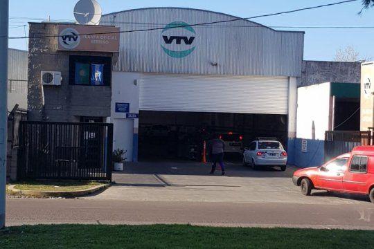documentos truchos: despues del robo en la vtv de berisso, alertan sobre la venta de obleas en el mercado negro