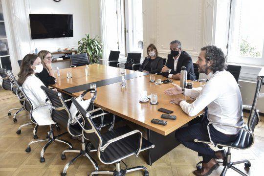 El jefe de Gabinete, Santiago Cafiero, se reunió esta mañana con representantes de Amnistía Internacional Argentina