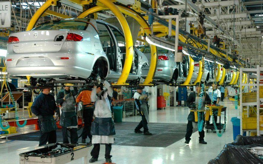 Datos oficiales: la actividad económica tuvo una caída de 7 por ciento en diciembre
