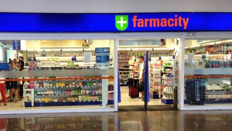 Continúa la polémica: Farmacity admite que sólo uno de cada diez de sus empleados es farmacéutico