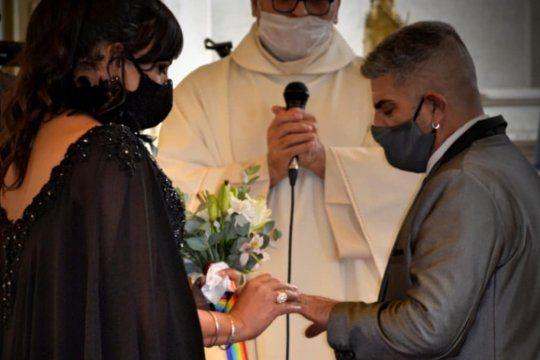 Victoria, la primer mujer trans en casarse por iglesia en Usuahia