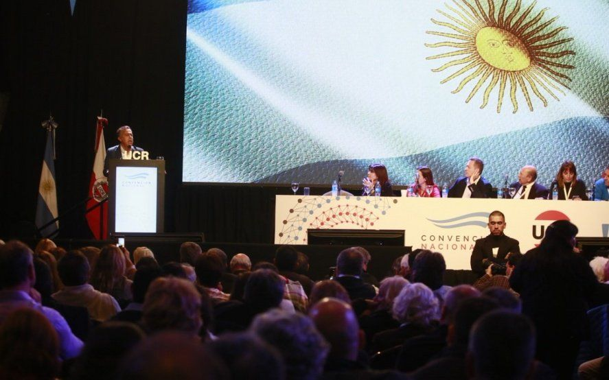 La UCR ratificó su pertenencia a Cambiemos y pidió ampliar la coalición para derrotar al populismo