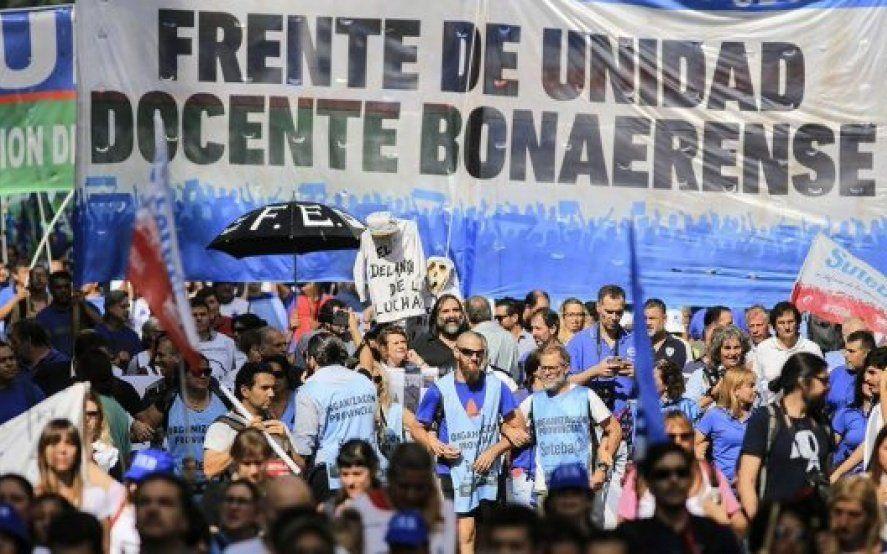 """Cruzada del oficialismo contra los docentes por el paro: """"Es una medida política partidaria"""""""