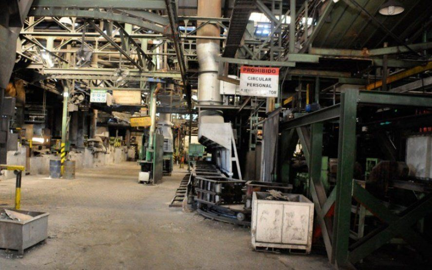 El empleo en el sector metalúrgico bajó 2,1% interanual en agosto