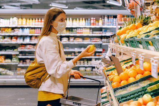Las ventas en supermercados cayeron 1,1% en noviembre
