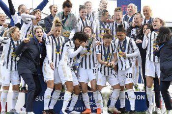Ippolito fue campeona con Juventus en el fútbol femenino de Italia.