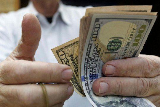 El dólar se mantuvo en baja durante la semana