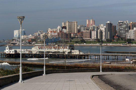 La Provincia entregó 12 camas más de terapia intensiva para Mar del Plata, y anunció la ampliación del operativo DETeCTAr.
