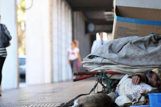 ante la llegada del frio, en la plata se refuerza la asistencia de personas en situacion de calle