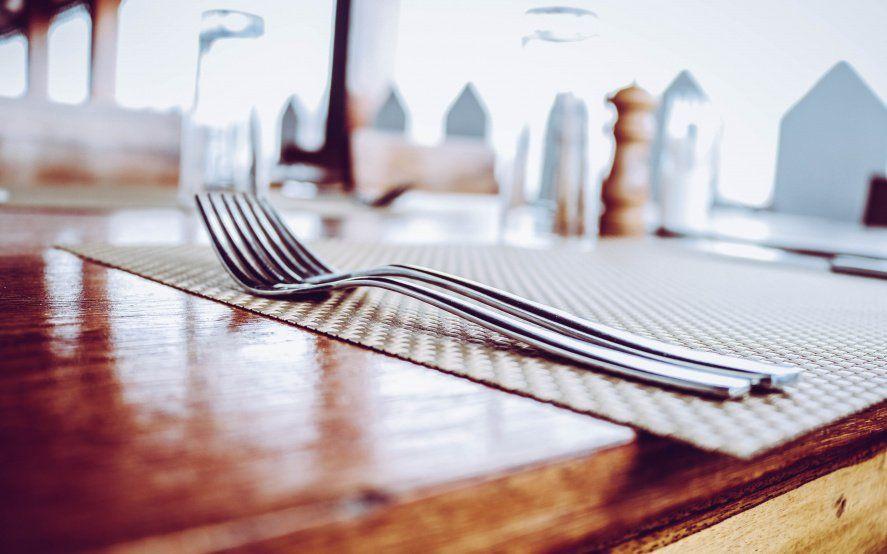 A la espera del Take Away Plus: los gastronómicos platenses, en crisis