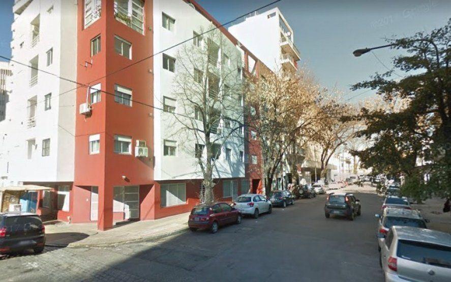 Alarma en La Plata: intentaron secuestrar a una joven en un edificio céntrico