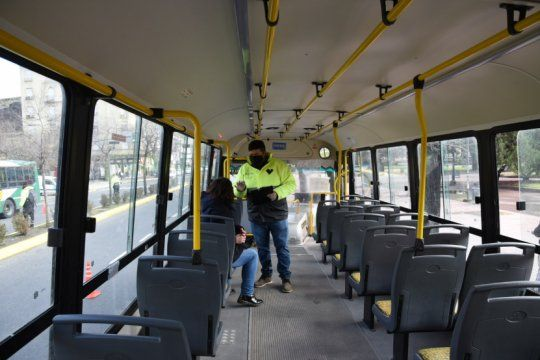 confirman una importante reduccion del transporte publico en el amba y la plata