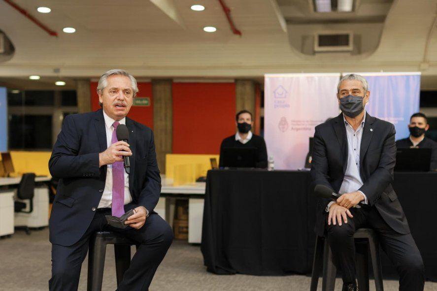 Alberto Fernández: Argentina empieza a moverse poco a poco