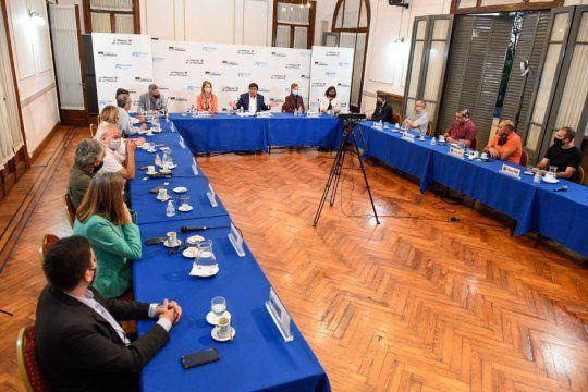 Fernando Espinoza encabezó un nuevo encuentro para planificar estratégicamente La Matanza.