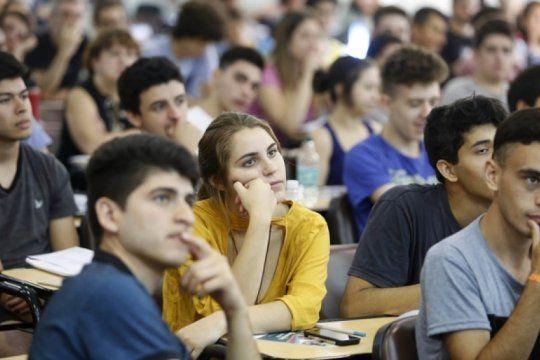 se reabrio la inscripcion de estudiantes de fines 2019 en la provincia: mira como podes anotarte