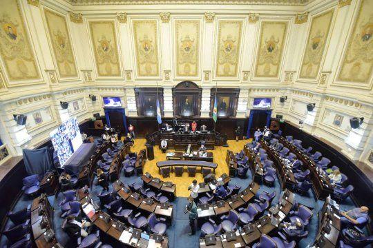 La ley de góndolas bonaerense fue impulsada por el diputado Santiago Nardelli, y ahora deberá ser votada por el Senado bonaerense.